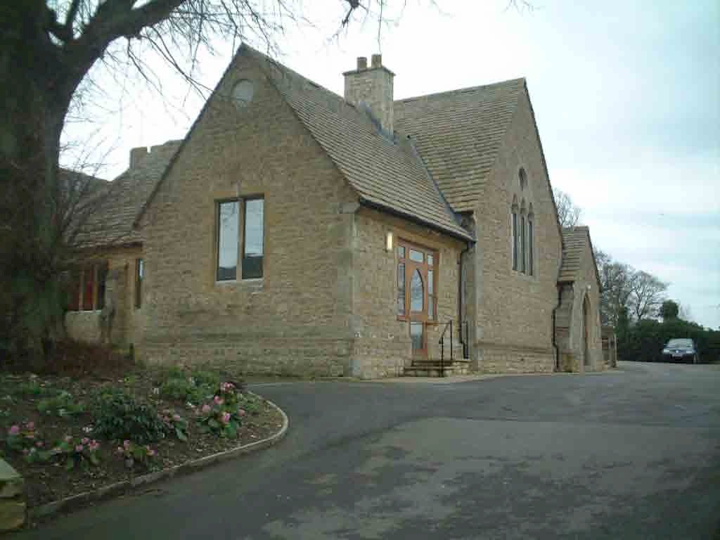 Cumnor Old School is set behind the Post Office, in the middle of the village of Cumnor.
