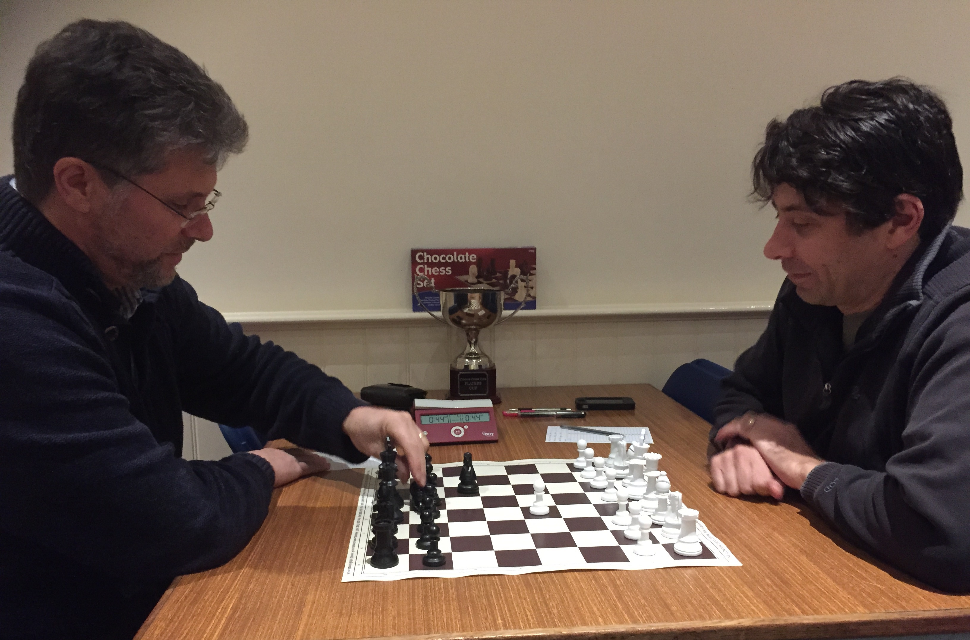 Simon and Mark play to find the winner of the 2014 Players Cup